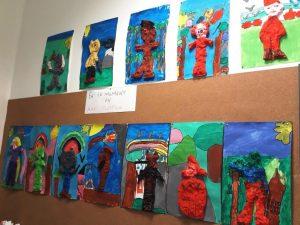 Création de personnages de contes en bas relief